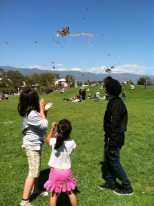 Cole and Kids 2012 Sb Kite Festival IMG_1170